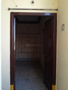Gallery Cover Image of 1050 Sq.ft 2 BHK Apartment for rent in Moosarambagh for 10500
