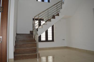 Gallery Cover Image of 1500 Sq.ft 3 BHK Independent House for buy in Vadakkanthara for 5000000