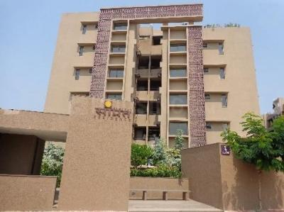 Gallery Cover Image of 1872 Sq.ft 3 BHK Apartment for rent in Shilaj for 18000