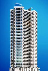Gallery Cover Image of 2120 Sq.ft 3 BHK Apartment for buy in Malad East for 36000000