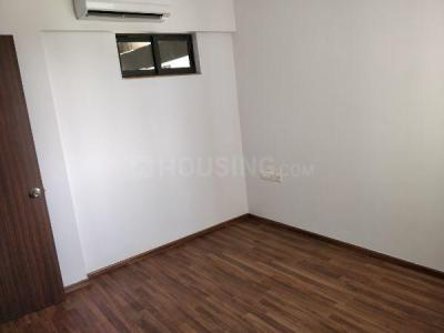 Gallery Cover Image of 1200 Sq.ft 3 BHK Apartment for rent in Lodha Lakeshore Greens, Palava Phase 2 Khoni, Beyond Thane for 11000