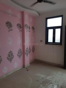 Gallery Cover Image of 950 Sq.ft 3 BHK Independent Floor for buy in Govindpuri for 4500000