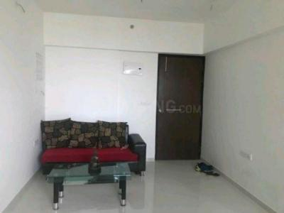 Gallery Cover Image of 750 Sq.ft 1 BHK Apartment for rent in Ghodbander for 17000
