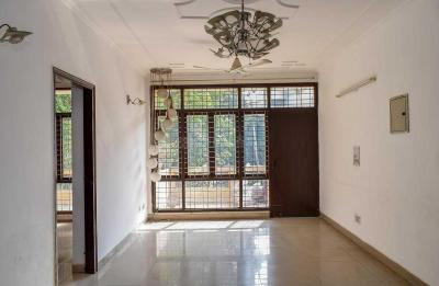 Gallery Cover Image of 1750 Sq.ft 3 BHK Independent Floor for rent in Sector 52 for 28000