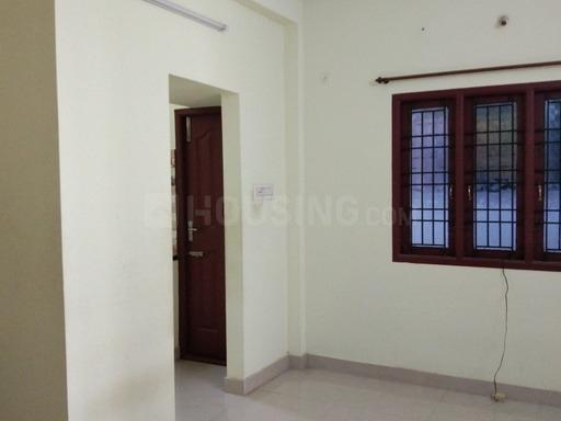 Bedroom Image of 750 Sq.ft 2 BHK Apartment for rent in Tambaram for 13000