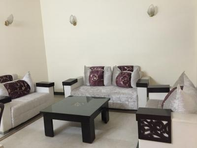 Gallery Cover Image of 1800 Sq.ft 3 BHK Independent Floor for rent in Green Park for 100000