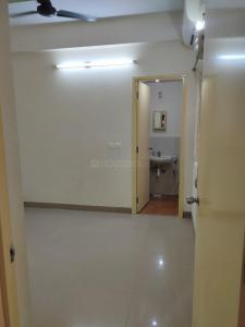 Gallery Cover Image of 780 Sq.ft 2 BHK Apartment for buy in Arihant Frangipani, Siruseri for 3500000