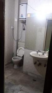 Common Bathroom Image of Deepak in Lajpat Nagar
