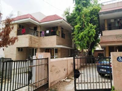 Building Image of Ek Parivar PG Services in Navrangpura