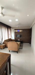 Gallery Cover Image of 1050 Sq.ft 2 BHK Apartment for rent in Aastha Bhama Pearl, Hinjewadi for 25000
