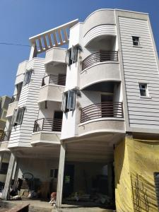 Gallery Cover Image of 850 Sq.ft 2 BHK Apartment for buy in Kolathur for 5400000