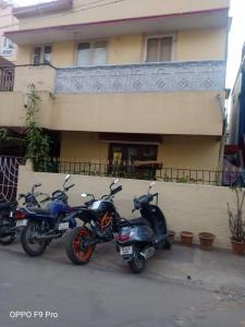 Gallery Cover Image of 1350 Sq.ft 2 BHK Independent Floor for buy in New Thippasandra for 23000000