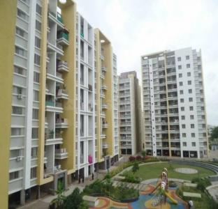 Gallery Cover Image of 1350 Sq.ft 3 BHK Apartment for rent in Lohegaon for 19500