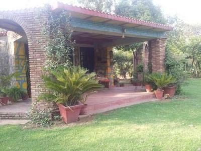 Gallery Cover Image of 4840 Sq.ft 4 BHK Independent House for buy in Shahid Smarak for 15100000