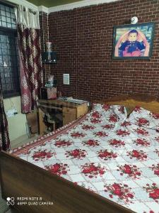 Gallery Cover Image of 540 Sq.ft 6 BHK Independent House for buy in Vinod Nagar East for 12000000
