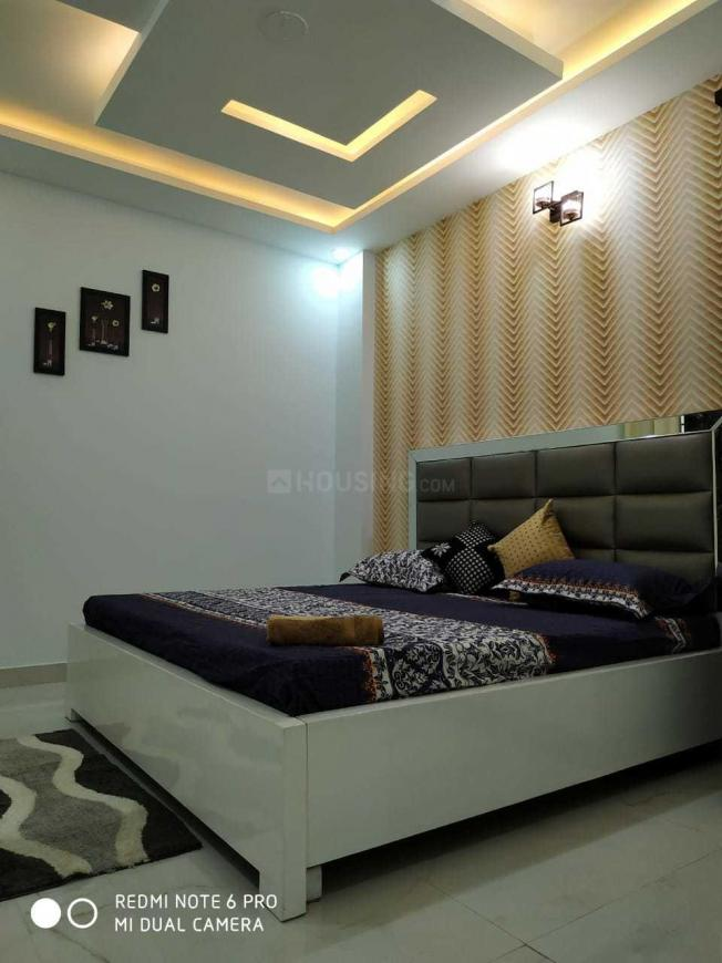 Bedroom Image of 1000 Sq.ft 3 BHK Apartment for rent in Dwarka Mor for 15000