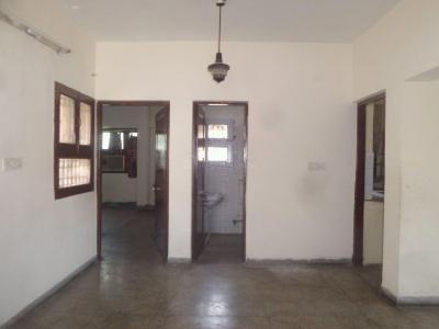 Gallery Cover Image of 1100 Sq.ft 2 BHK Apartment for buy in DDA Mig Flats Sarita Vihar, Sarita Vihar for 11000000