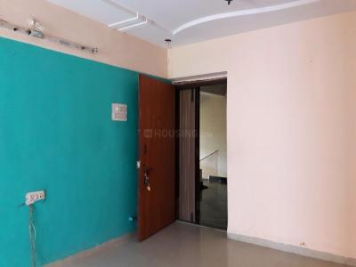 Gallery Cover Image of 1300 Sq.ft 2.5 BHK Apartment for rent in Shiv Valley, Kalyan West for 14000