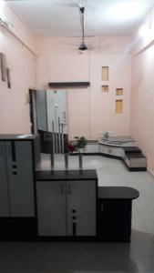 Gallery Cover Image of 650 Sq.ft 1 BHK Apartment for rent in Mulund West for 24000