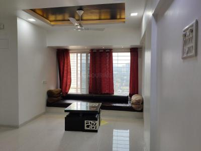 Gallery Cover Image of 890 Sq.ft 2 BHK Apartment for rent in Kandivali East for 32000