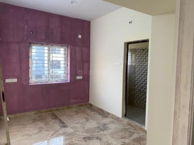 Gallery Cover Image of 780 Sq.ft 2 BHK Apartment for buy in Sembakkam for 3500000