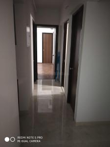Gallery Cover Image of 1250 Sq.ft 2 BHK Apartment for rent in Ghatkopar West for 45000