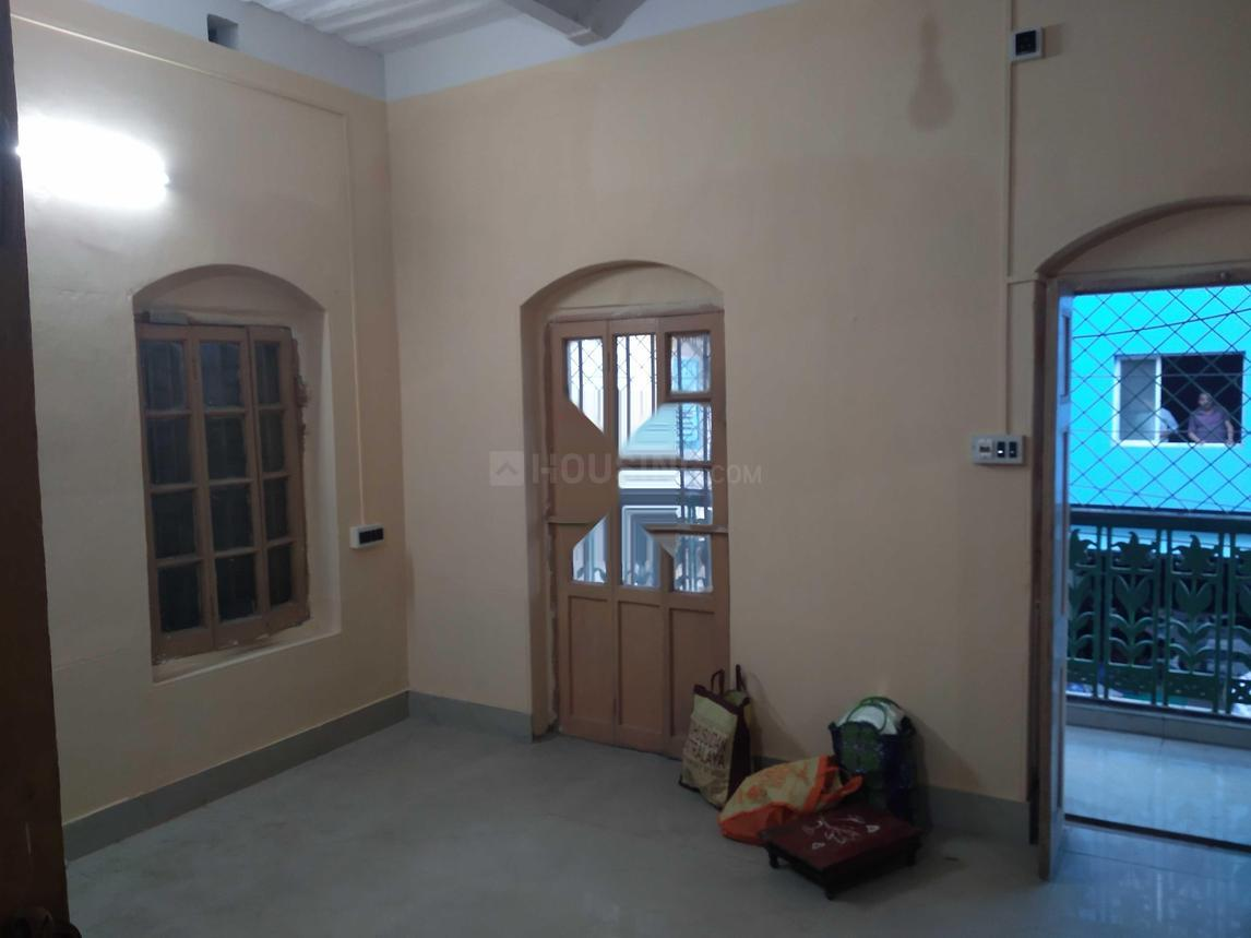 Living Room Image of 1200 Sq.ft 3 BHK Apartment for rent in Bhowanipore for 45000