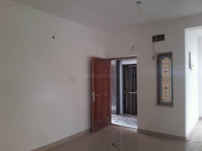 Gallery Cover Image of 800 Sq.ft 2 BHK Apartment for buy in Kovur for 3900000