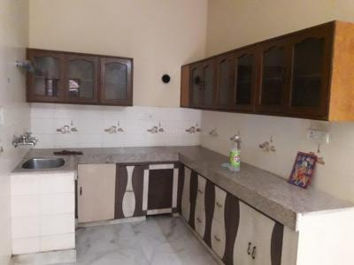 Gallery Cover Image of 750 Sq.ft 2 BHK Independent Floor for rent in Model Town for 22000