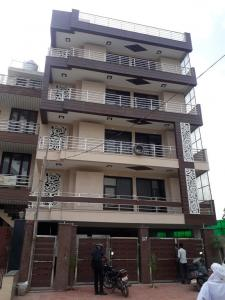 Gallery Cover Image of 1350 Sq.ft 3 BHK Independent Floor for buy in Sector 52A for 9000000