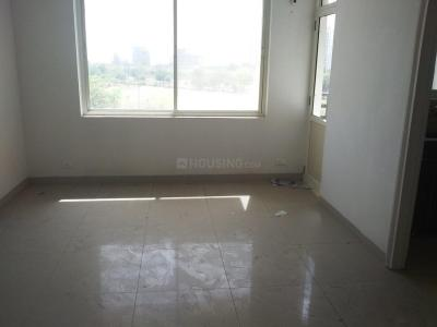 Gallery Cover Image of 2350 Sq.ft 3 BHK Apartment for rent in Omicron III Greater Noida for 10000