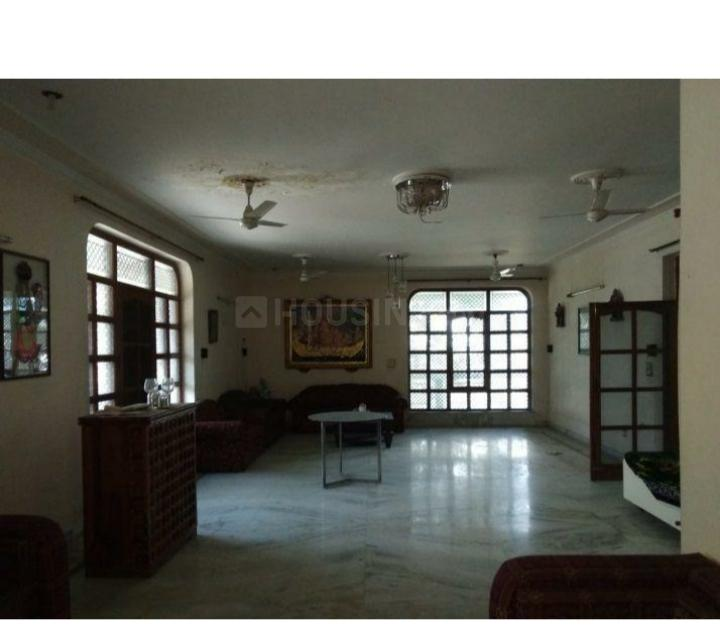 Living Room Image of 3150 Sq.ft 10 BHK Independent Floor for rent in Sector 7 for 115000