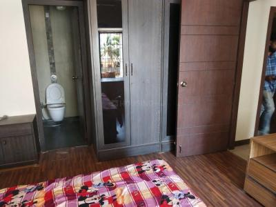 Gallery Cover Image of 935 Sq.ft 2 BHK Apartment for buy in Andheri West for 26500000