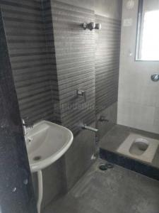 Gallery Cover Image of 550 Sq.ft 2 BHK Apartment for rent in Kandivali West for 27000