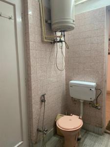 Bathroom Image of Getmypg in Kamla Nagar