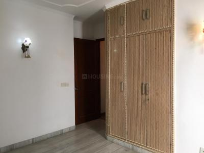 Gallery Cover Image of 2700 Sq.ft 3 BHK Independent Floor for rent in Panchsheel Park for 90000