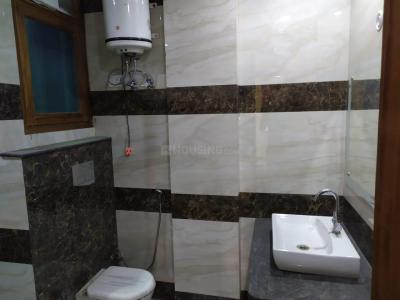 Gallery Cover Image of 1700 Sq.ft 3 BHK Independent Floor for rent in Sector 105 for 20000