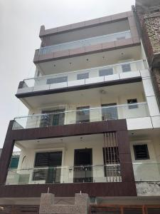 Gallery Cover Image of 2000 Sq.ft 2 BHK Independent Floor for buy in Sector 49 for 7100000