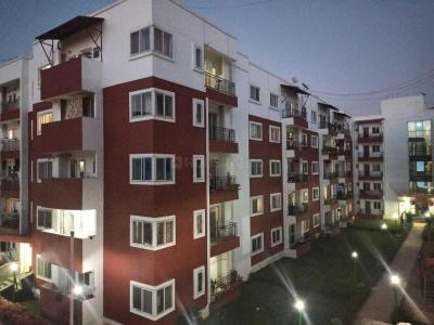 Gallery Cover Image of 1900 Sq.ft 3 BHK Apartment for rent in Kadubeesanahalli for 43000