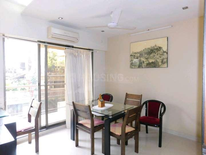 Living Room Image of 1200 Sq.ft 3 BHK Apartment for rent in Juhu for 110000