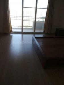 Gallery Cover Image of 2400 Sq.ft 4 BHK Apartment for buy in Malad West for 35000000