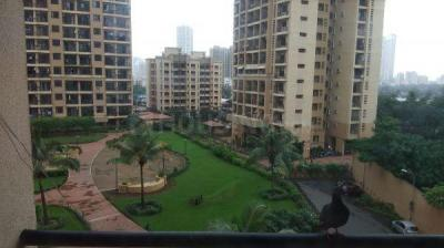 Gallery Cover Image of 550 Sq.ft 1 BHK Apartment for rent in Raheja Heights, Malad East for 35000