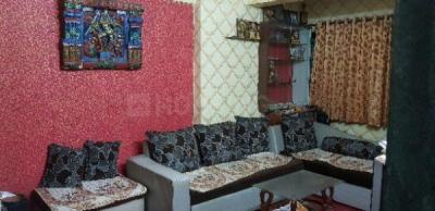 Gallery Cover Image of 745 Sq.ft 2 BHK Apartment for rent in Maya Nagar 2Housing, Thane East for 24000