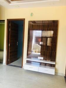Gallery Cover Image of 600 Sq.ft 3 BHK Independent Floor for rent in Sector 3 Rohini for 20000