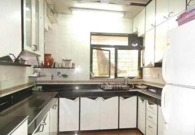 Gallery Cover Image of 625 Sq.ft 2 BHK Apartment for rent in Goregaon East for 22000