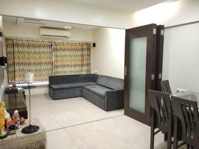 Gallery Cover Image of 1000 Sq.ft 2 BHK Apartment for rent in Niraj Naik Kakad Niwas, Bandra West for 80000