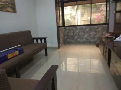 Gallery Cover Image of 700 Sq.ft 2 BHK Apartment for rent in Bandra West for 80000