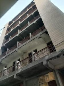 Gallery Cover Image of 600 Sq.ft 1 BHK Apartment for buy in Sector 110 for 1700000