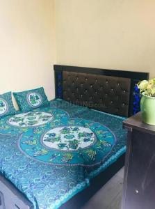 Bedroom Image of Shree Balaji PG in Shakarpur Khas
