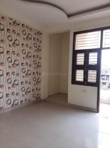 Gallery Cover Image of 900 Sq.ft 3 BHK Independent Floor for buy in Flora Enclave, Govindpuram for 3500000